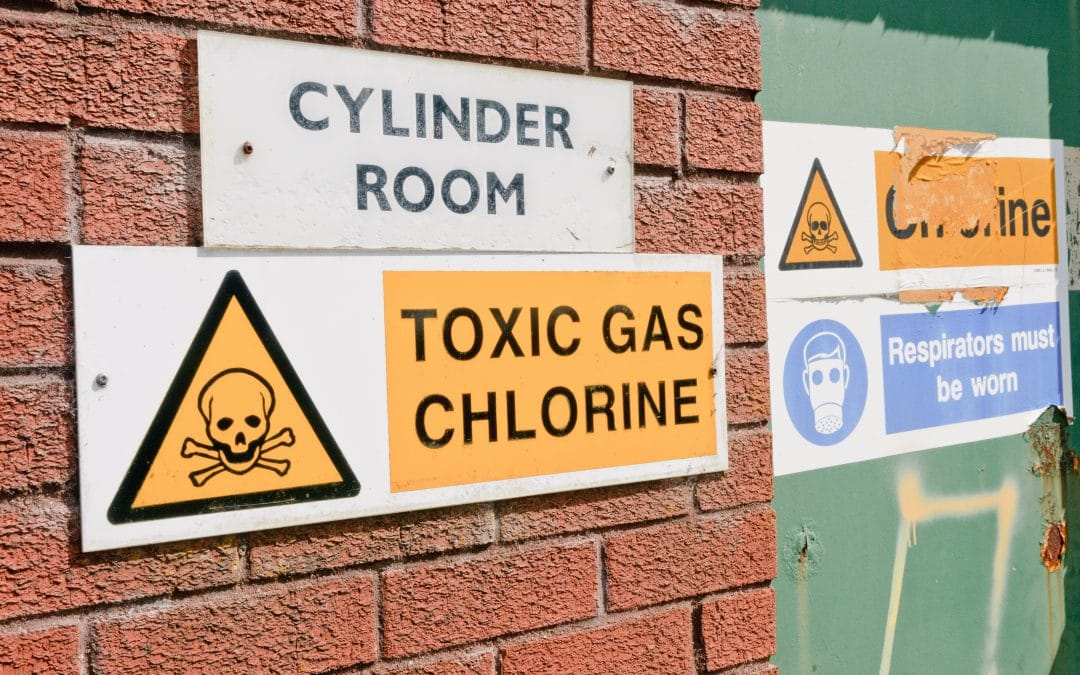 Chlorine Gas Exposure Warning Signs