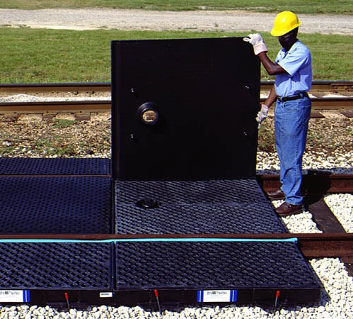 chemtech-us-products-images-secondary-containment-trackpan-cover Ultra TrackPans