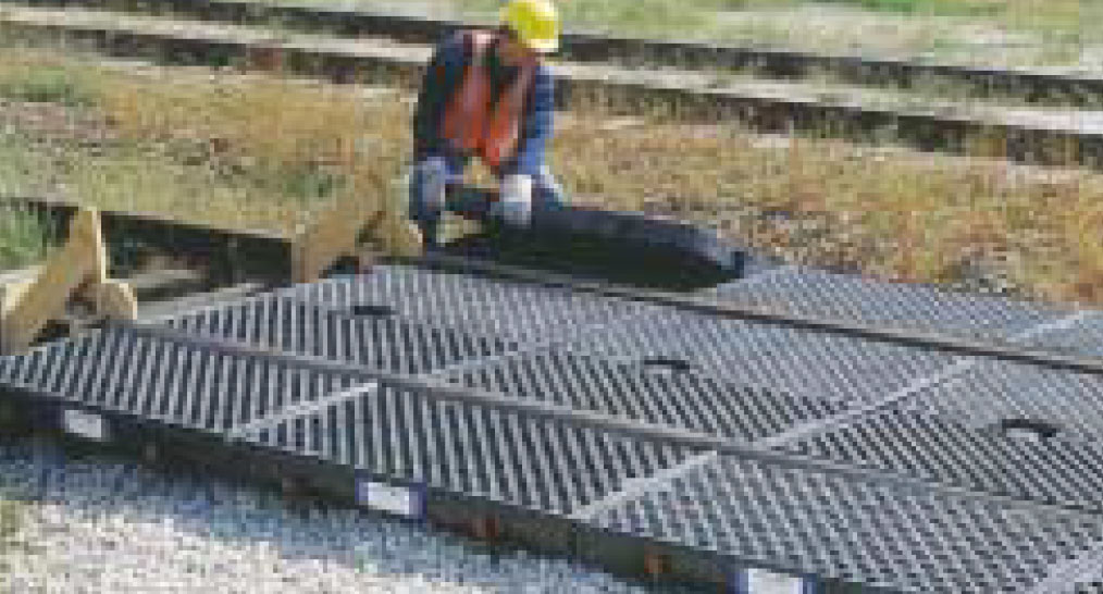 track-pans-1 Ultra TrackPans